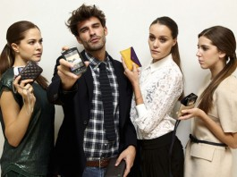 Purifición García presenta fundas para BlackBerry