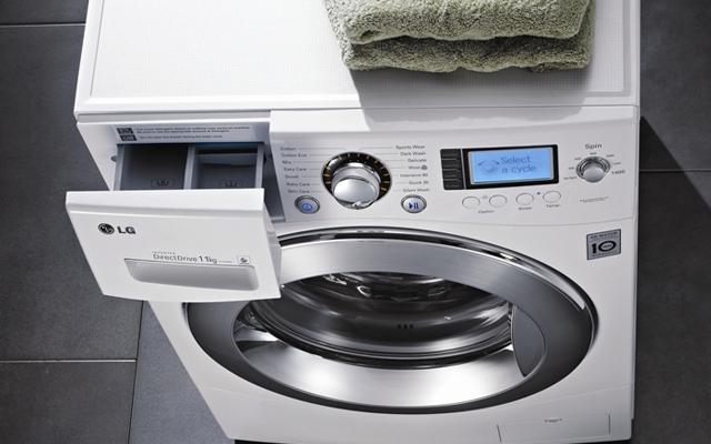 La lavadora 6 Motion Direct Drive de LG lava con la delicadeza del lavado a mano,